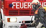 Großbrand in Wiener Lagerhalle: Gartenmöbel fingen Feuer