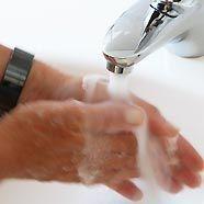 In Wien wäscht man auch Hände und Autos mit Trinkwasser