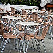 Wien-Tourismus rückläufig: Viele Stühle bleiben leer