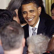 Obama amüsiert sich über Enten-Klingelton einer Journalistin