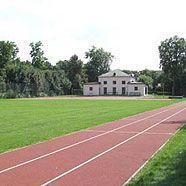 Spiel und Sport am Augarten-Sportplatz Schlosswiese