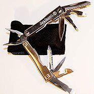 Jugendlicher stach mit Messer zu