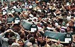 Opferverbände besuchen Srebrenica