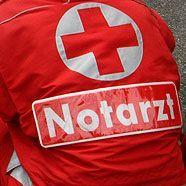 Mit Motorrad gegen Lkw geschlittert – schwer verletzt