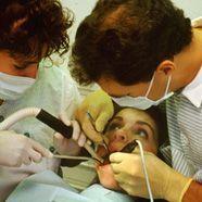 Zahnarztpraxis für Obdachlose: Ärzte gesucht!