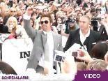 """Brad Pitt bei der """"Inglorious Basterds""""-Premiere in Berlin: Für DIESES Outfit ließ er extra einen Stylisten einfliegen!"""