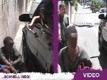 Paris Hilton will einem Obdachlosen 100 Dollar geben: …aber noch nicht mal der Penner will was mit ihr zu tun haben!