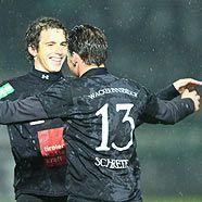 Innsbrucker feiern den 5:0-Auswärtssieg in Wien
