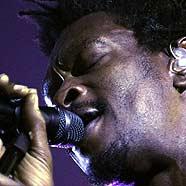 Massive Attack in Wien: Zeitlupenwelt des künstlichen Klanges
