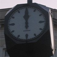 Wiener Würfeluhren zeigen bald wieder die richtige Zeit an