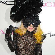 Lady Gaga steht auch auf Frauen