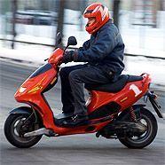 Ein 19-Jähriger hatte es auf seinem Moped besonders eilig.