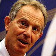 Tony Blair löste mit Toastbrotscheiben einen Feueralarm aus