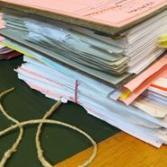 Griff in Kasse: Postbeamter verurteilt