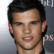 Ist Taylor Lautner wieder mit seiner High-School-Freundin zusammen?