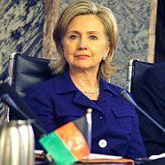 Clinton betont Bedeutung der Frauenrechte
