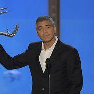 George Clooney wird ein humanitärer Preis verliehen