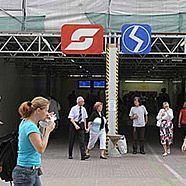 Die Störungen am Bahnhof Wien-Mitte lassen die Gemüter der Fahrgäste hochgehen.