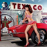 MISS TUNING Kalender 2011: Heiße Kurven, coole Karren