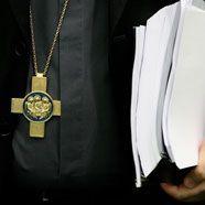 Irland: Dublins Erzbischof schließt sich Vatikan-Schelte an