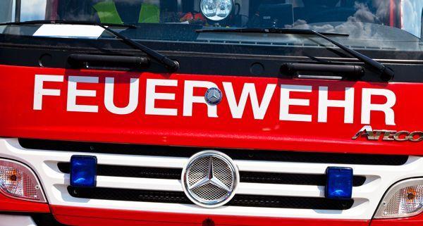 Der Feuerwehrmann wurde bei Löscharbeiten in Wien-Fünfhaus schwer verletzt