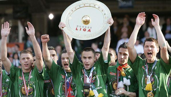 So feierte Steffen Hofmann den Rapid-Meistertitel 2008.