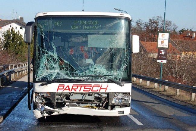 Zum Glück nur ein Leichtverletzter beim Unfall in Sollenau