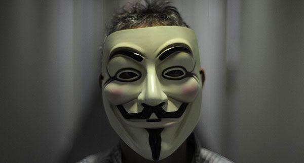 Die Hacker von Anonymous warnen einmal mehr mit einer Aktion vor der Vorratsdatenspeicherung