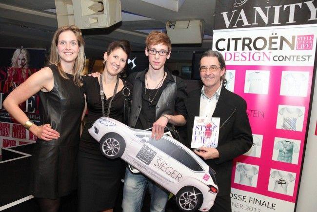 Nora Wilhelm, Silvia Spreitzer, Gewinner Christoph Eichinger und Franz Bascha.