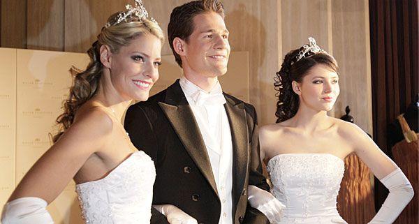 Debütantinnen und Debütanten fiebern dem Opernball 2012 bereits entgegen