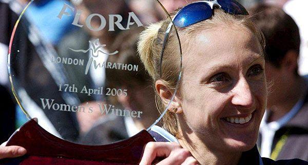 Paula Radcliffe in London im April 2005 nach dem Erzielen der drittbesten Frauen-Marathon-Zeit