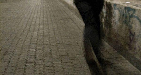 Der Täter überfiel ein Schmuckgeschäft in Landstraße und flüchtete - aber nicht unbeobachtet