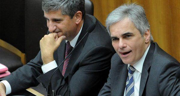 Mit konkreten Informationen rund um das Sparpaket hält sich die Bundesregierung noch bedeckt.