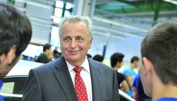 Sozialminister Hundsdorfer startet Projekt Jugendcoch