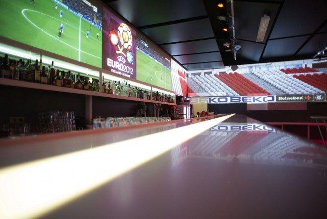 So stimmungsvoll wird die EM 2012 im Chaya Fuera.