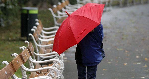 Zu Beginn der Woche sind Regen und Wind vorher gesagt, wärmer wird es ab Donnerstag.