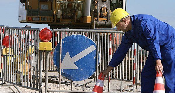 Bauarbeiten auf der wientalstraße b1 verkehrsbehinderungen stehen