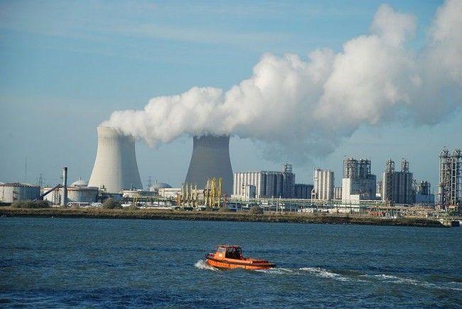 Ein Reaktorblock im Atomkraftwerk Doel in belgien wurde stillgelegt.