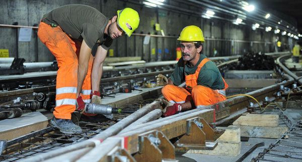Dia Bauarbeiten gehen zügig voran, die Hälfte der geplanten Zeit der U1-Teilsperre ist bereits um.