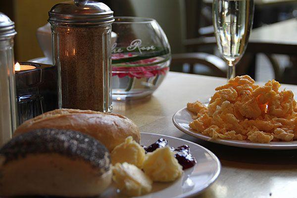 Frühstück und Brunch lassen sich in Wien auch zum kleinen Preis so richtig genießen