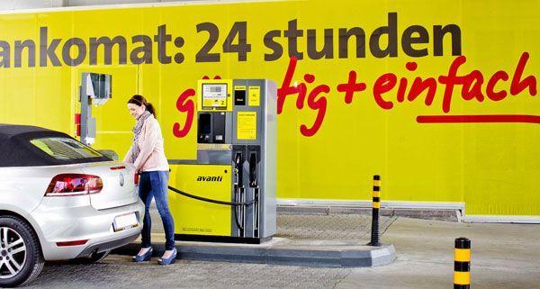 90 cent happy hour an avanti tankstelle in wiener neustadt vienna at. Black Bedroom Furniture Sets. Home Design Ideas