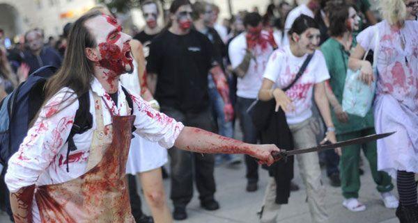 Am Freitagabend machten Zombies das Museumsquartier und die Mariahilfer Straße unsicher.