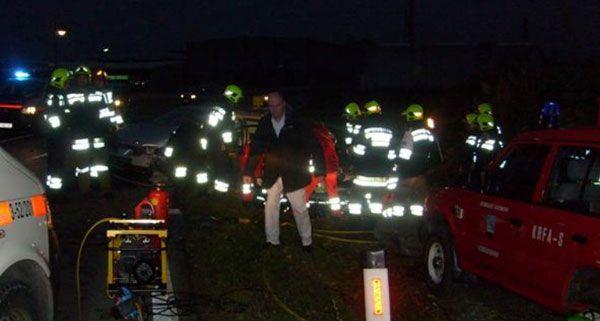 Schwerer Verkehrsunfall mit eingeschlossener Person in Leobersdorf