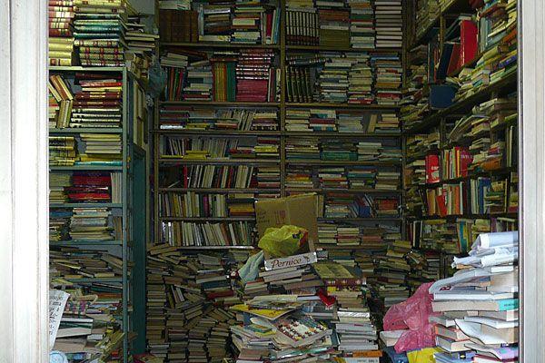 Buchhandlungen gibt es viele - in den Wiener Spezial-Buchhandlungen ist man mit seinen Interessen bestens aufgehoben