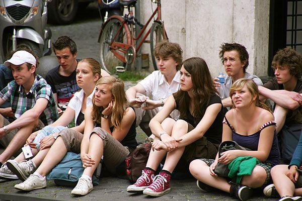 Junge Teenager selbst fotografierten Freunde