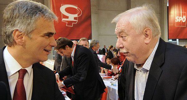 Michael Häupl unterstützt Werner Faymann nach dem schwachen Ergebnis beim Parteitag.
