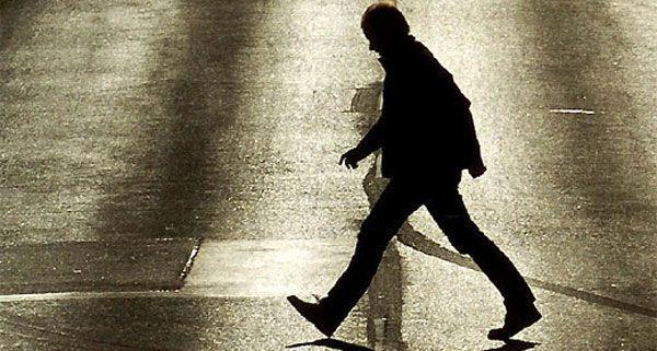 Stadt testet innovative Fußgängerampeln für höhere Verkehrssicherheit