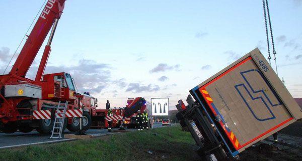 LKW Unfall auf der A2 in der Ausfahrt Traiskirchen