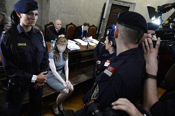 Estibaliz C. wurde am Dienstag erneut vor Gericht befragt - unter anderem zu Schönheits-OPs