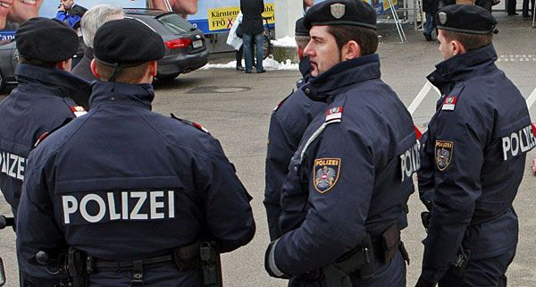 Vier Festnahmen nach Ladendiebstahl in Wien Neubau